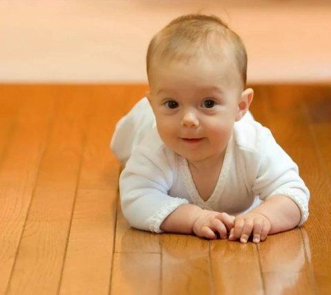 Зрительное и слуховое восприятие малыша в 7 месяцев