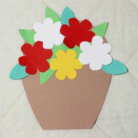 """Activity picture for Postcard """"The Flower Pot"""" in Wachanga"""
