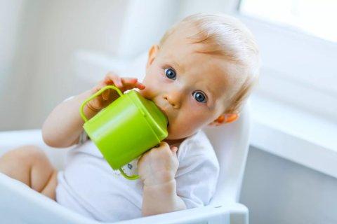 Картинка к занятию Чем поить ребенка в 6 месяцев в Wachanga