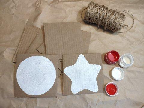 Картинка к занятию Ёлочные игрушки из картона в Wachanga