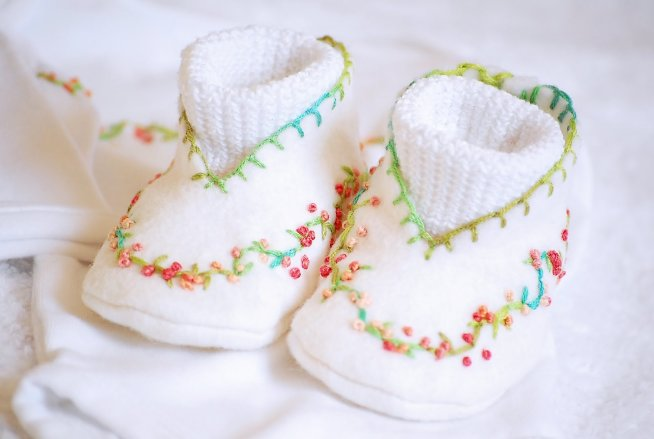 Save your baby's first set of clothes and shoes for memories