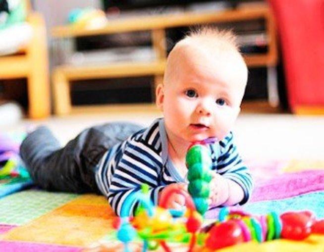 Чему можно научить ребенка в 3 месяца