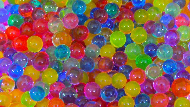 Игры с гидрогелевыми шариками