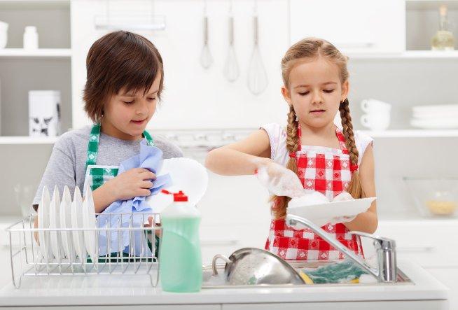 Как приучить ребёнка к порядку: родительские ошибки