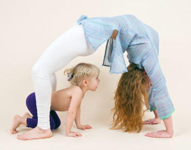 Гимнастика с ребёнком