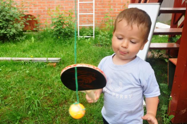 Учимся играть в теннис