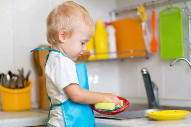 """Поиграйте в игру """"Мытье посуды»"""