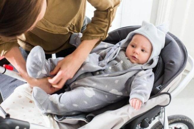 Как одеть новорожденного в оттепель