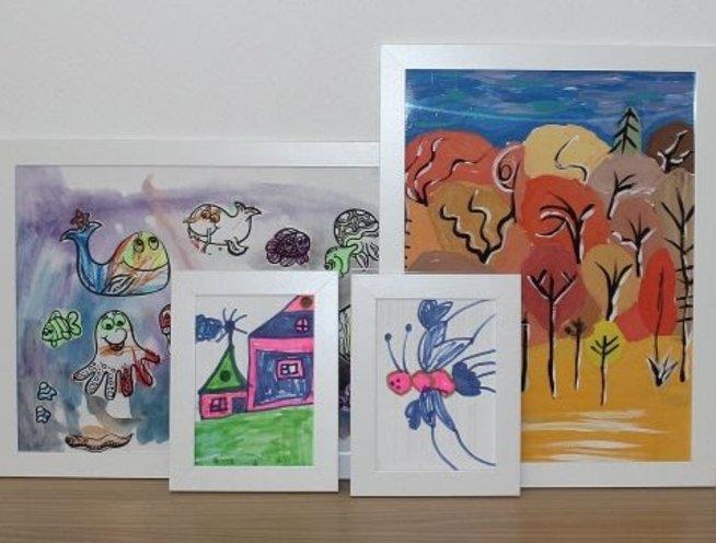 Украсьте комнату рисунками ребёнка
