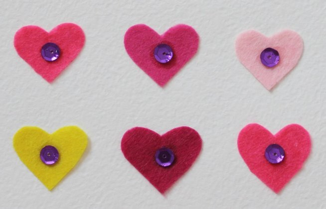 Make Valentine's Day Cards with hearts