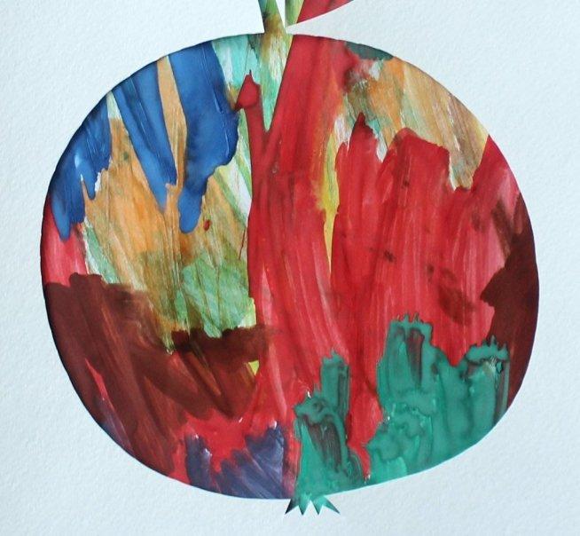 Яблоко в технике «Паспарту»