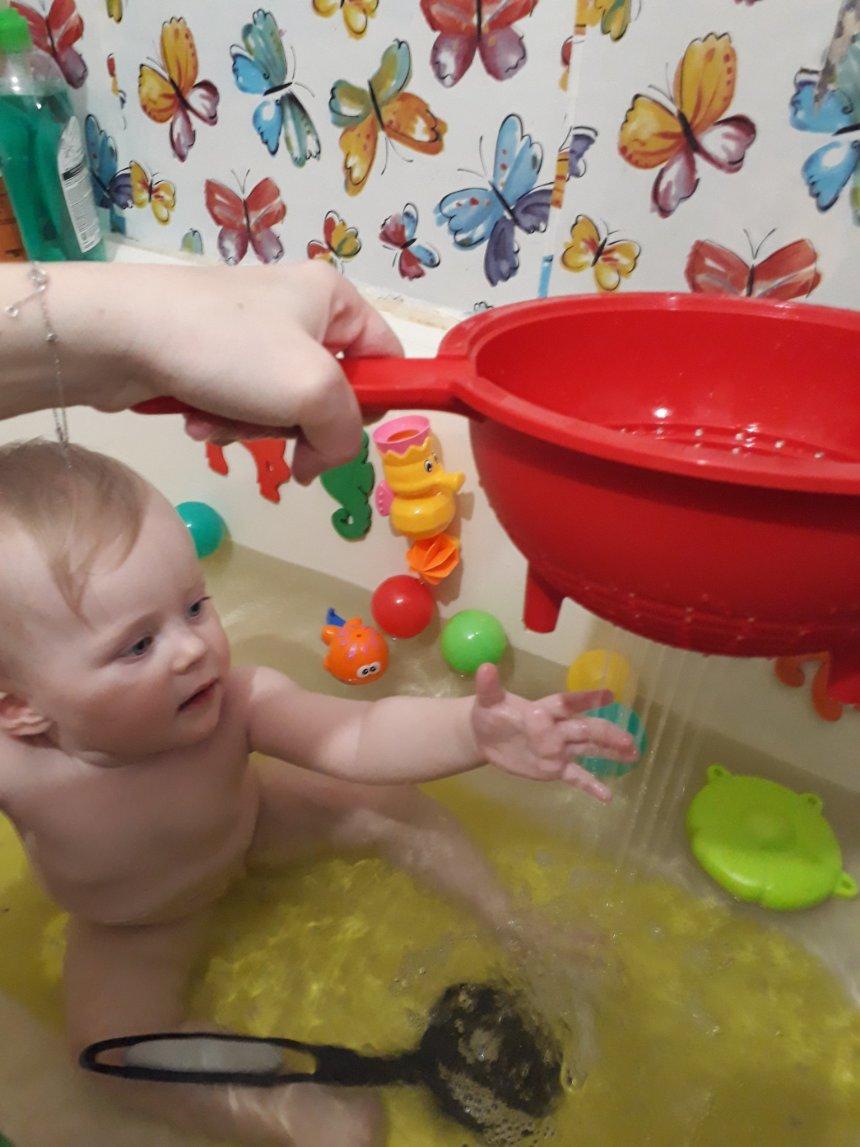Отчёт по занятию Поиграйте в ванне с ситом  в Wachanga!