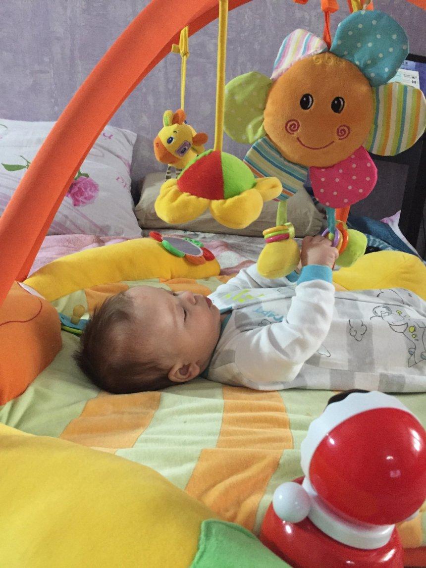 Ребенок в 3 месяца дышит стрранно