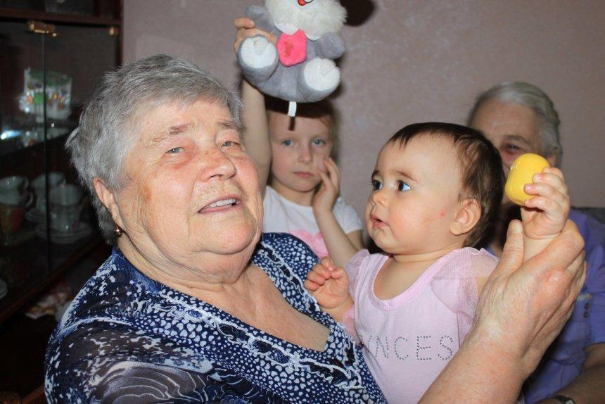 Отчёт по занятию Сфотографируйте малыша с бабушкой и дедушкой в Wachanga!