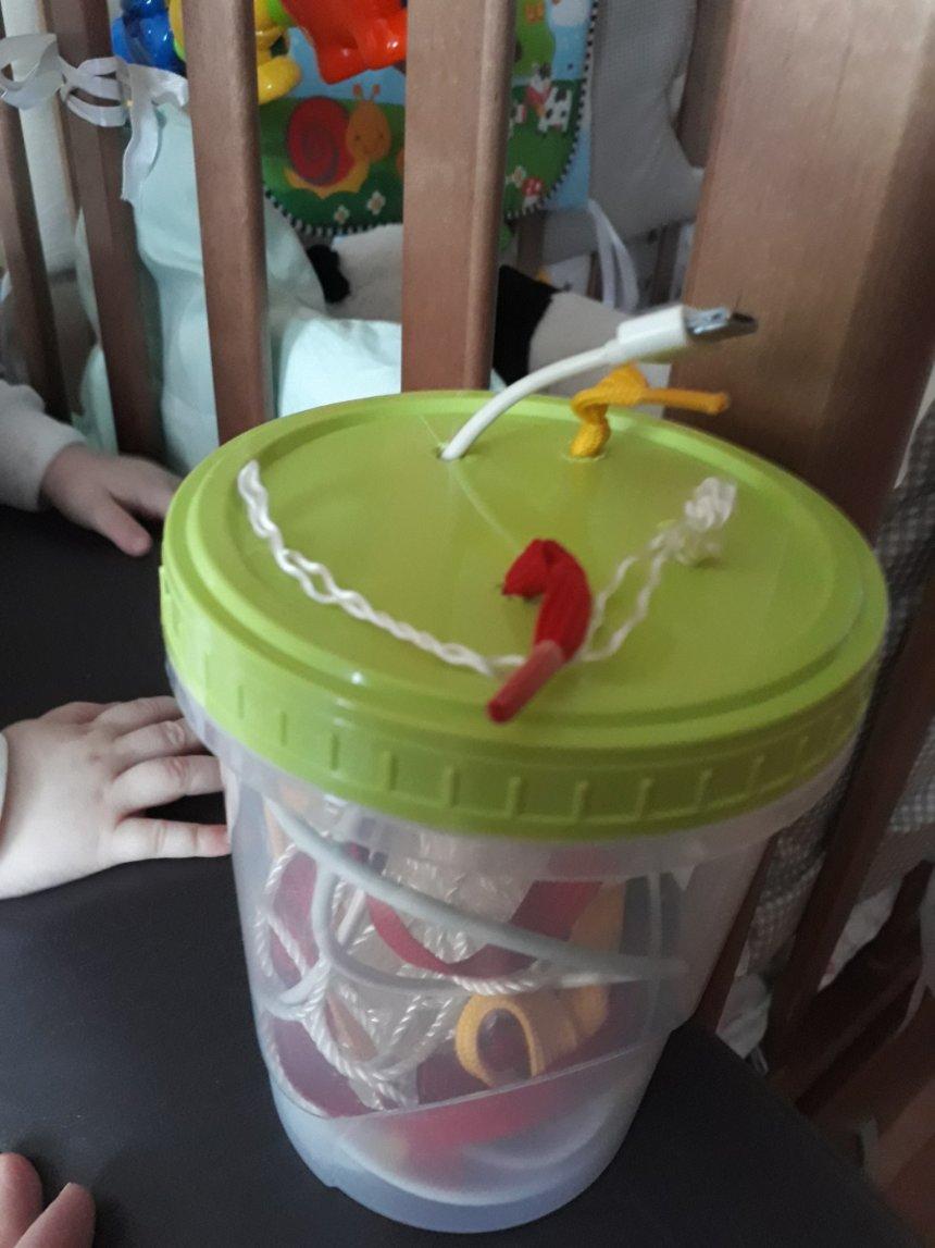 Отчёт по занятию Сделайте для ребенка коробочку с разноцветными лоскуточками  в Wachanga!