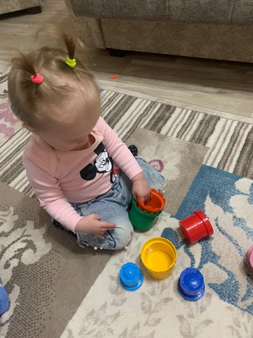 Отчёт по занятию Поиграйте вместе с малышом со стаканчиками  в Wachanga!