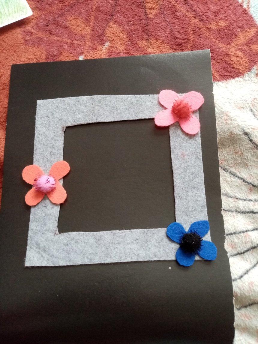 Отчёт по занятию Сделайте вместе с ребенком фоторамку из фетра с цветами в Wachanga!