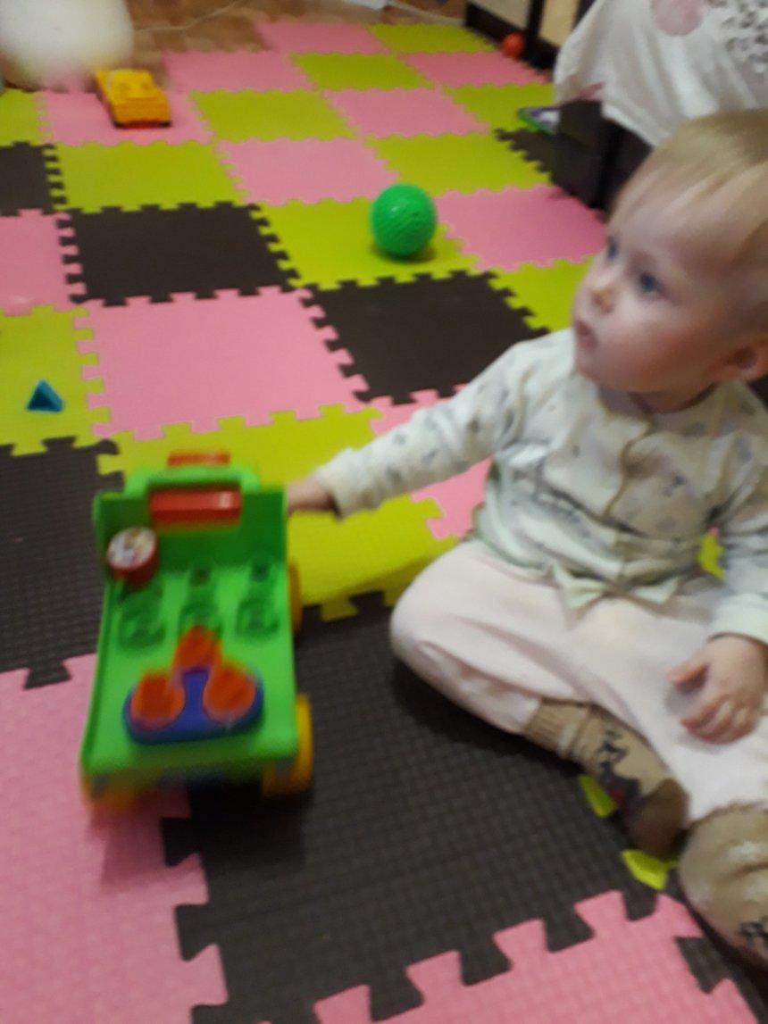 Отчёт по занятию Покатайте вместе с малышом машинку в Wachanga!