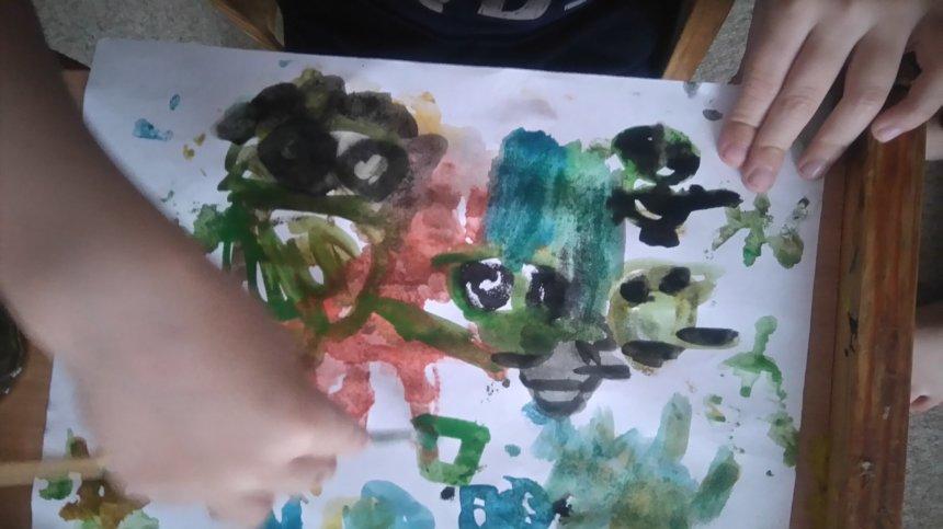 Отчёт по занятию Поиграйте с ребенком в игру «Волшебные кляксы» в Wachanga!