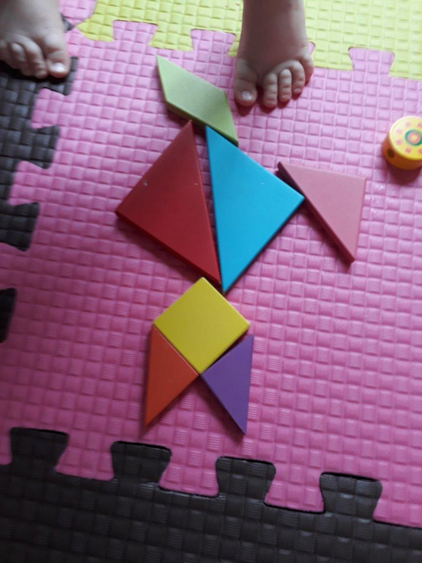 Отчёт по занятию Поиграйте с малышом в игру «Собери из частей» в Wachanga!